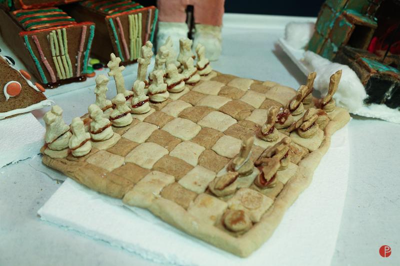 pepper kake, ginger bread, gingerbread chess